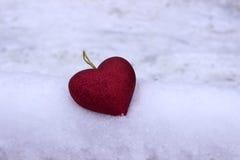 Inneres auf dem Schnee Valentinsgruß ` s Tag, Feiertag Stockfoto