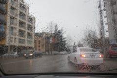 inneres Auto beim Rainning Autumn Abstract Backdrop Stockfotos