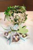 Inneres, Blumen und Süßigkeit Stockfotos