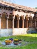Inneres Gericht von Basilica di San Zeno in Verona Stockbild
