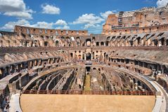 Inneres römisches Colosseum stockfotos