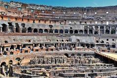 Inneres römisches Colosseum Stockfotos