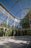 Innerhalb Crystal Palaces Retiro-Park, Madrid, Spanien Lizenzfreie Stockbilder
