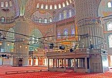 Innerhalb der blauen Moschee Sultanahmet Camii am Abend, Istanbul Stockbild