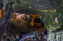 Innerhalb der Höhle Lizenzfreie Stockfotografie