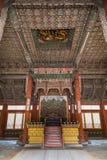 Innerhalb der Haupthalle von Deoksugungs-Palast in Seoul Stockfotografie
