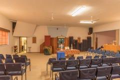 Innerhalb der Holländer verbesserten Kirche in der Hentiesbucht Lizenzfreie Stockfotos