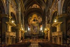 Innerhalb der Kathedrale von Santa Maria Assunta in Cremona - Italien stockbild