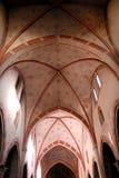 Innerhalb der Kirche von San Francesco belichtet bis zum Sonnenlicht Vormittag in Lodi in Lombardei (Italien) Stockfotos