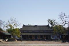 Innerhalb der Zitadelle Kaiserverbotene stadt Kaisereinschließung Farbpalast Farbe, Vietnam Stockbild