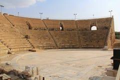 Innerhalb des Amphitheaters in Nationalpark Caesareas Maritima Lizenzfreie Stockbilder