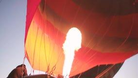 Innerhalb des Heißluftballons stock video footage
