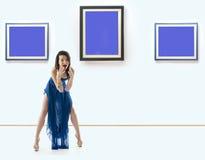 An der Galerie Stockfotos