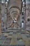Innerhalb einer Kirche Stockbild