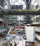 Innerhalb eines Einkaufszentrums in Peking Lizenzfreies Stockbild