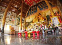 Innerhalb eines Nord-THAILAND-Buddhismustempels Lizenzfreies Stockfoto