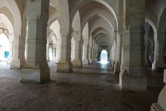 Innerhalb geschissenen Gombuj Masjid Stockbilder