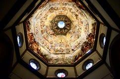 Innerväggmålarfärg av den Florence domkyrkan Arkivfoton