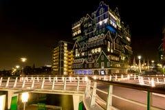 Innhotel Zaandam, Нидерланд - основанные на традиционных домах стоковые изображения