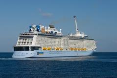 Inno dei mari, nave da crociera 26 05 2015 Fotografie Stock Libere da Diritti