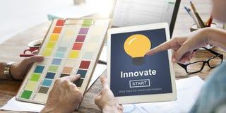 Innova concepto ligero de la inspiración de la creatividad el nuevo fotos de archivo