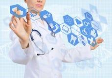 Innovativa teknologier i medicin Fotografering för Bildbyråer