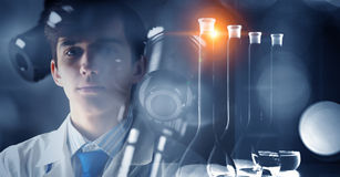 Innovativa teknologier i vetenskap och medicin Blandat massmedia Royaltyfria Bilder