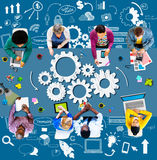 Innovazione di pianificazione di partenza di affari di funzionalità di strategia concentrata Fotografie Stock Libere da Diritti