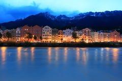 Innsbruck en puesta del sol imagen de archivo libre de regalías