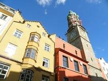 Innsbruck stadstorn, gränsmärke från medeltida Tid av Innsbruck Arkivbilder
