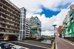 Inntel旅馆大厦在赞丹,荷兰 库存照片