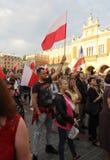 Inny dzień w Krakowskich tysiącach ludzi protestuje przeciw naruszeniu prawo konstytucyjne w Polska Obraz Royalty Free