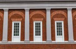 Inny widok trzy Francuskich okno Fredericksburg Virginia usa z piękną linią horyzontu obrazy stock