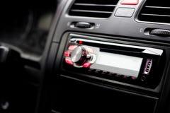 Inom av bilen radio multimedior fotografering för bildbyråer