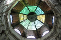 Inom av kupolen Arkivbild