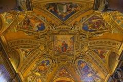 Inom basilikan av Santa Maria Maggiore i Rome royaltyfria foton