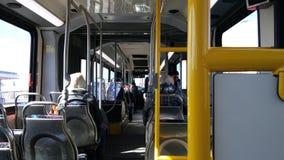 Inom den artikulerade bussen royaltyfri foto