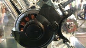 Inom den moderna motorcykelmotorn stock video