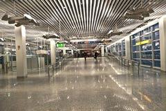Inom den nya terminalen i Frankfurt Arkivbild