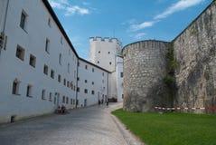 Inom den Salzburg fästningen Salzburg, Österrike, arkivfoto