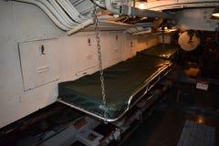 Inom det förorsaka kramp i utrymmet av USS Pompanito, SS-383, 2 Fotografering för Bildbyråer