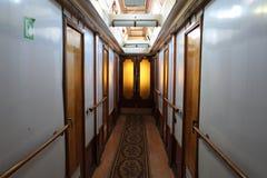Inom det Korolenko skeppet nu hotell i Vyborg Royaltyfri Bild
