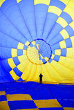 Inom en ballong för varm luft Arkivbild