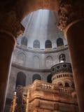 Inom en Jerusalem kyrka Arkivbilder