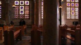 Inom kyrka av nationer i Jerusalem lager videofilmer
