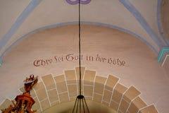 Inom medeltida stärkt kyrka i Avrig Sibiu, Transylvania Arkivfoton