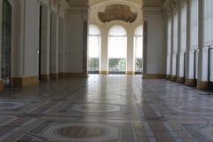 Inom museum paris Frankrike royaltyfria foton