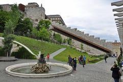 Inom slottträdgårdbasaren royaltyfri fotografi