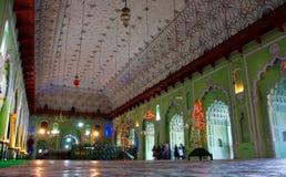 Inomhus av Bara Imambara i Lucknow Arkivbilder