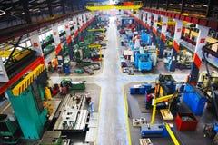 Inomhus industy fabrik för metall Royaltyfri Fotografi